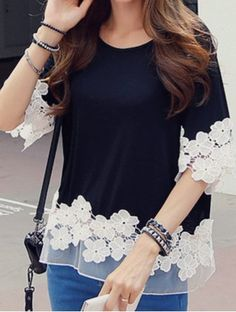 Stylish Scoop Neck 1/2 Sleeve Spliced Flower Pattern Women's T-ShirtT-Shirts | RoseGal.com