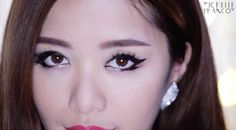 Extreme, sexy cat eyes: the focal point of a K-Pop star's look #Makeup #Style