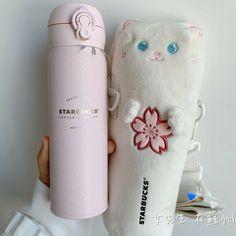 Pink Starbucks, Starbucks Mugs, Starbucks Specials, Vacuum Cup, Sailor Moon Aesthetic, Cute Cups, Cute Kitchen, Birthday Board, Cup Design