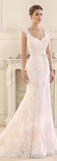Mermaid wedding dress....I'm not getting married, but if I was...this would be my dress for sure. Beautiful. ~ Amazing Tulle & Satin V-Neck Mermaid Wedding Dresses With Lace Appliques