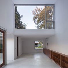 Completed in 2015 in Loma Verde, Argentina. Images by Javier Agustin Rojas . The assignment is a home for a young family, the lot in the town of Loma Verde in Escobar, in the northern suburbs of Buenos Aires, 55 km from the...