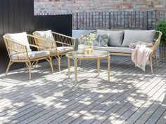 Outdoor Sofa, Outdoor Furniture Sets, Outdoor Decor, Summer Dream, Lounges, Garden Inspiration, Townhouse, Teak, Pergola