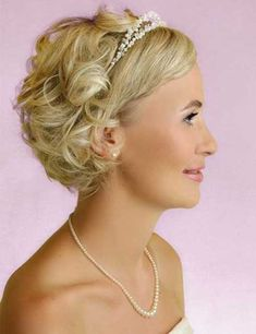 Bridal Short Hairstyles Pictures | http://www.short-haircut.com/bridal-short-hairstyles-pictures.html
