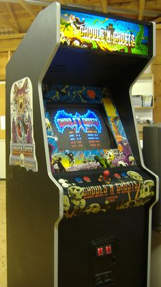 Ghouls n Ghosts arcade game in an upright cabinet
