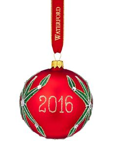 Crafted with rich, brilliant hues and festive holiday patterns, the Holiday Heirloom Nostalgic Lismore Dated Ball ornament by Waterford is the perfect addition to your Christmas tree decorations.   Gl