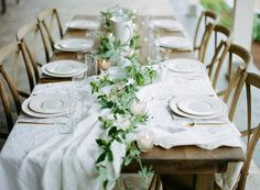 Casual elegant wedding tablescape | Pippin Hill Bridal Shoot | Jo Photo
