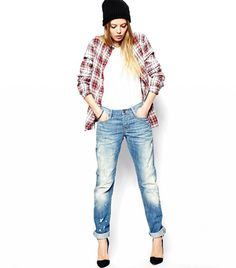 @Who What Wear - The Best Boyfriend Jeans For Summer (Yes, They're Still Cool)