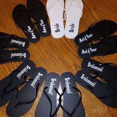 eb837151f6ef31 Bridesmaids Flip Flops Decals Maid of Honor Flipflops Bridal Bridesmaid  Flip Flops
