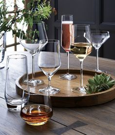 A new angle in stemware from Schott Zwiesel creates an edgy silhouette with exquisite brilliance and clarity. Crate And Barrel, Martini, Red Wine Glasses, Modern Wine Glasses, Crystal Wine Glasses, Wine Sale, Old Fashioned Glass, Liqueur, Diy Décoration