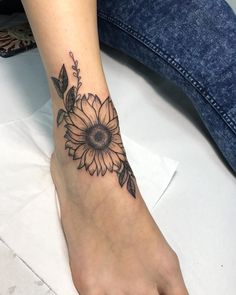 Dashing Sunflower Tattoo On Foot foot tattoos Summer Sunflower Tattoos Design And Ideas Sunflower Foot Tattoos, Sunflower Tattoo Meaning, Sunflower Tattoo Sleeve, Sunflower Tattoo Shoulder, Sunflower Tattoo Design, Floral Foot Tattoo, Ankle Tattoos, Wolf Tattoos, Cute Tattoos