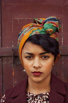 Turban pré-cousu  à scratchs/ Foulard cheveux par IndiraDeParis