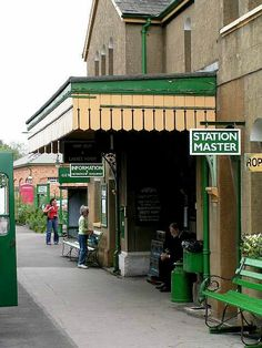 https://flic.kr/p/HbRFmV | The Watercress Line, New Alresford, Hampshire, England | The Watercress Line is the marketing name of the Mid Hants Railway, a heritage railway in Hampshire, England, running 10 miles (16 km) from New Alresford to Alton where it connects to the National Rail network. The line gained its popular name in the days that it was used to transport locally grown watercress to markets in London.