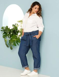 Style Eve, My Style, Denim Noir, Looks Plus Size, Casual Outfits, Fashion Outfits, Couture, Trousers, Pants
