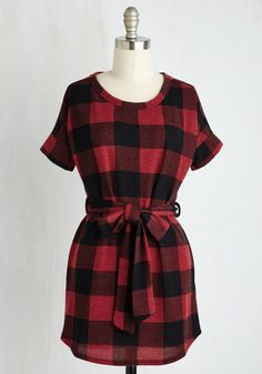 All Art Walks of Life Tunic - Knit, Long, Red, Checkered / Gingham, Belted, Fall, Better