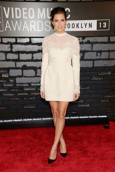 2013 MTV Video Music Awards Red Carpet Arrivals Allison Williams in Valentino dress