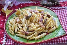 Ciao a tutti, oggi vi propongo un primo piatto semplice i Cavatelli Funghi e Pancetta. Un piatto che può andar anche bene per i pranzi o le cene delle pros