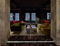 ENG - Designed by the architect Fabio Fantolino, Dash, a new restaurant in the heart of Turin is born from the requalification of an abandoned printing house in the city's frenetic San Salvario district. The newly inaugurated space is an...
