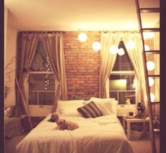 Beautiful bedroom, love..