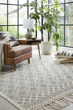 Holloway Rug In Black And Ivory Joanna Gaines X Loloi