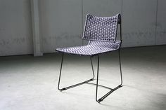 Proto chair 03