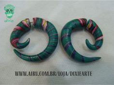 Falso Alargador Espiral Feito em cerâmica plástica Produto 100% artesanal   www.airu.com.br/loja/dixiearte