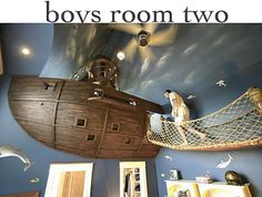 """WOW! A """"fort"""" in a little boy's room. Looks like something out of peterpan! Amazing!!"""
