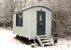English shepherds hut in the snow