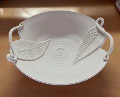 Good Photo slab Ceramics plate Tips Ceramic Techniques, Pottery Techniques, Ceramic Clay, Ceramic Plates, Porcelain Clay, White Porcelain, Pottery Plates, Ceramic Pottery, Slab Pottery