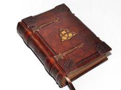 Braun Leder Journal  Triquetra Grimoire VintageStil 81 von dragosh, $225.00