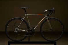 Jaegher Phantom - Stainless Grey & Jaegher Orange - Campagnolo Chorus & Shamal Mille