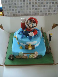 Super Mario Cake by ~gertygetsgangster on deviantART