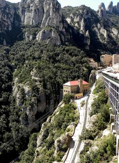 Montserrat Station, Catalunya, Spain Travel in Spain and learn the real Spanish with the Eurolingua Institute http://www.eurolingua.com/spanish/spanish-homestays-in-spain