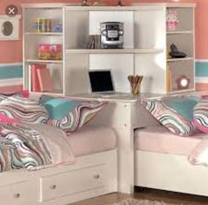 Bedroom corner desk, Are you tired of working or studying on the bed just because there is no place for a desk? Keep your bed for sleeping and get a bedroom corner desk to utilize that dead corner sp Corner Twin Beds, Bed In Corner, Bedroom Corner, Small Room Bedroom, Baby Bedroom, Small Rooms, Girls Bedroom, Corner Unit, Corner Hutch