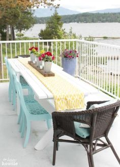 Turn Thrift Store Dining Chairs into Outdoor Chairs at The Happy Housie