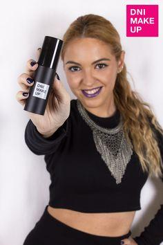 RESOLUTION, tu maquillaje 3 en 1: Prepara e ilumina tu piel · Neutraliza las tonalidades indeseadas · Aporta un acabado perfecto, homogéneo y duradero con máxima fijación.