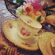 "Photo 1 of 10: Vintage Tea Party / Birthday ""Ava's 6th Birthday Par-TEA!""   Catch My Party"