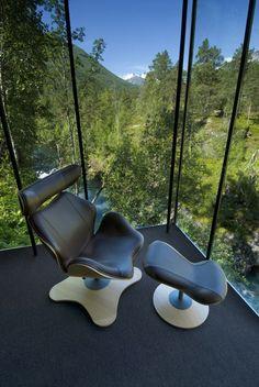 Voici la réalisation d'un hôtel à Gudbrandsjuvet en Norvège de l'agence d'architecture Norvégienne Jensen & Skodvin.