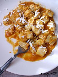 Tempo di gnocchi e tempo di zucca! Ecco a voi una prelibatezza: gnocchi alla crema di zucca e ricotta salata di Norcia.
