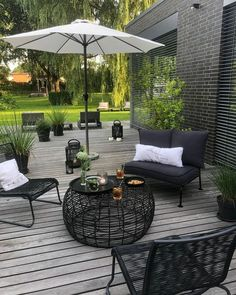 Outdoor gartengestaltung terrasse garten holzte 01 stunning cottage garden ideas for front yard inspiration Garden Cottage, Home And Garden, Indoor Garden, Outdoor Gardens, Modern Gardens, Wooden Terrace, Design Jardin, Outdoor Living, Outdoor Decor