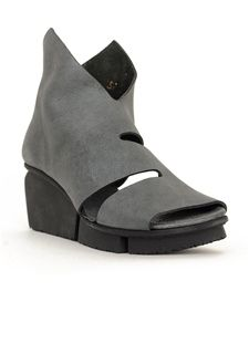 ca328675352a5 41 Best TRIPPEN SHOES images in 2016 | Evie, 1990s, Shoe