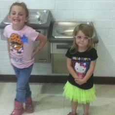 Sisters, rodeo day for Dellanna :)