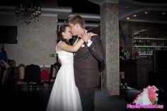 Белый танец Formal Dresses, Wedding Dresses, One Shoulder, Fashion, Dresses For Formal, Bride Dresses, Moda, Bridal Gowns, Wedding Dressses