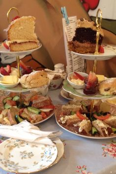 Afternoon tea at 'Mad Hatters Tea Shop' English Afternoon Tea, Vegan Teas, Christmas Tea Party, Tea And Crumpets, Pastry Design, Afternoon Tea Parties, Tea Sandwiches, My Tea, Vintage Tea