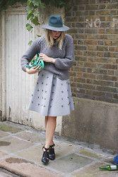 IIDA H - H&M Skirt, & Other Stories Heels, Zara Turtle Neck Jumper, Mulberry Alexa, By Malene Birger Hat - Greeyn