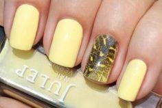 Unhas amarelas