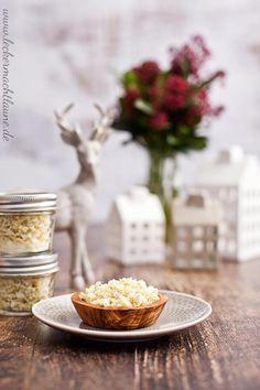 Ein wunderbar leckeres Knoblauch-Zwiebel-Salz als Geschenk aus der Küche oder natürlich zur eigenen Verwendung. ;)