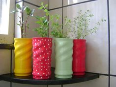 DIY, Beautiful and Ingenious Ideas Tin Can Crafts, Diy And Crafts, Diys, Diy Y Manualidades, Aluminum Cans, Giant Paper Flowers, Herbs Indoors, Diy Recycle, Recycled Crafts