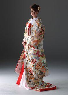 和装のレンタルについて | 結婚式のレンタルドレス | 和装・ウェディングドレスのレンタル-京鐘-