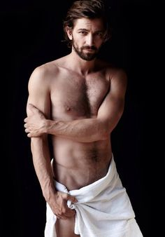 Michiel Huisman, Caua Reymond + More Go Nude for Mario Testino Towel Series