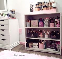 Diy Ideas For Organizing Makeup Beauty Room Makeup Rooms Room 11 Genius Makeup Storage Ideas Makeup Organization Makeup Pin On Cool Makeup Organizers 28 Diy Simple Makeup Room Ideas Organizer Storage And 8 Brilliant Makeup… My New Room, My Room, Make Up Storage, Storage Ideas, Diy Storage, Storage Shelves, Makeup Storage Display, Room Shelves, Storage Drawers